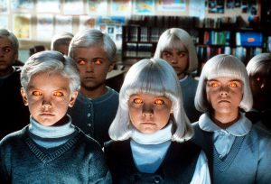 I cattivissimi bambini dai capelli bianchi del Villaggio dei Dannati